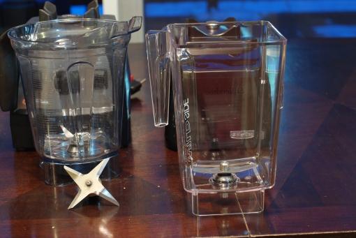 The Vitamix Professional Series 300 and Blendtec Designer Series sport very different blade designs.