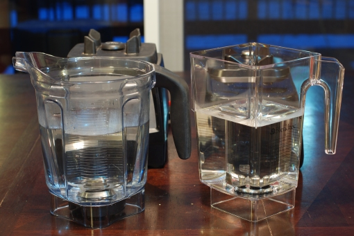 Vitamix Professional Series 300 and Blendtec Designer Series containers with 48oz of water.